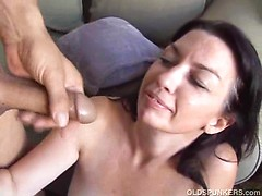 Sexy cougar enjoys an afternoon delight with a sticky cumshot finale