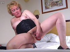 Horny Dutch housewife playing with her wet pussy